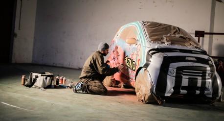 """""""Der Smart und der Sprayer"""", entstanden im Rahmen eines Events des BFI Wien. Copyright: BFI Wien, Marko Zlousic"""