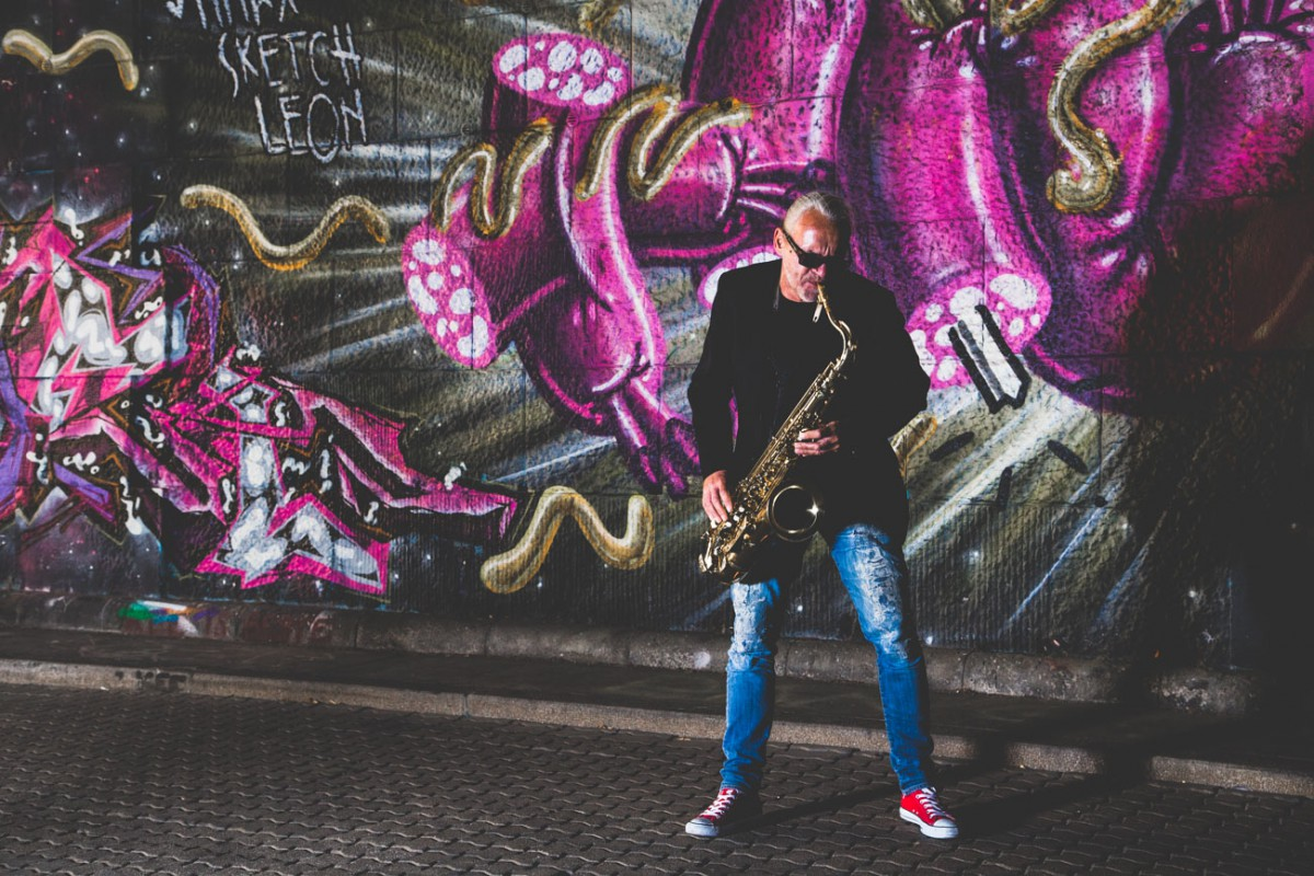 Franz Schubert spielt am Saxophon